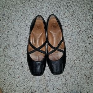 Black leather criss cross Nurture Mary Jane flats